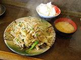 野菜炒め定食 700円