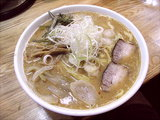 濃厚味噌ラーメン 平打麺 750円