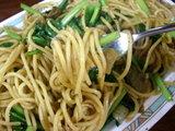 中華風 チャイナ 醤油味 ジャンボ(大盛) 麺のアップ