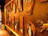 麺屋 武蔵 店内の壁