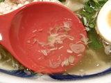 特とりそば(塩味) スープのアップ