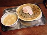 黒五胡麻つけ麺