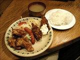 チキン唐揚げ フランクソーセージ カキフライ 盛り合わせ 700円