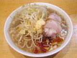 ラーメン 野菜ニンニク 650円 + とうがらし 20円