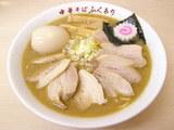 肉そば900円+漬け玉子110円