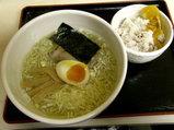 塩らーめん 650円 + 十三種雑穀米ご飯 小 100円