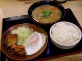 ジューシーからあげ 380円 + 豚汁(大) + ライス(大)
