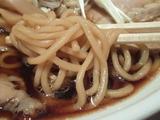 生姜醤油らぁ麺 麺のアップ