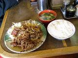 牛焼肉定食 850円