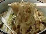 昆布醤油味 麺のアップ