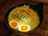 秀虎らー麺 塩 600円 +味付玉子 100円