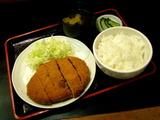 ジャンボメンチカツ定食 680円