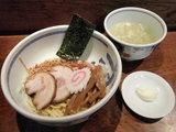 油麺 740円→690円 + チャーシュー1枚