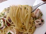 ヤリイカとアンチョビのパスタ 麺のアップ