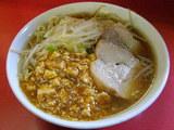 麻婆豆腐をトッピング