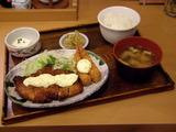 チキン南蛮とエビフライの定食890円→690円
