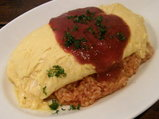 ふんわり卵のオムライス 濃厚トマトソースがけ 850円