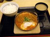 キムチカツ鍋定食 819円