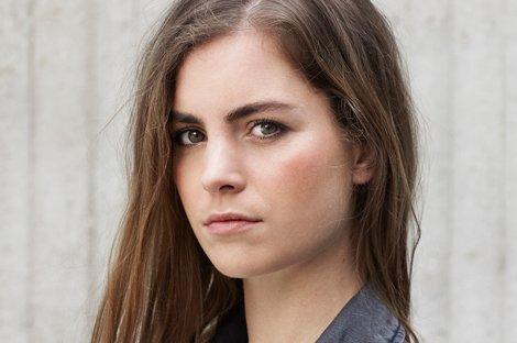 Hannah_Hoekstra-het_Nationale_Toneel-Sabrina_Bongiovanni_site_2
