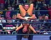 WWEの試合中におっぱいポロリ