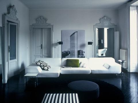 ミラノのBlack & White アパートメント