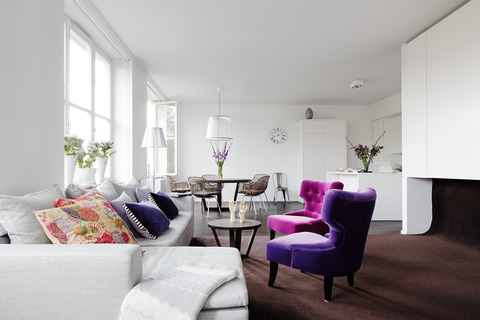 Purple+Fusha Pinkがさし色のアパートメント