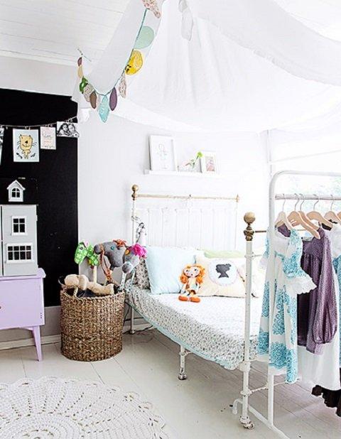 ヘルシンキ ヴィンテージファブリック使いの子供部屋