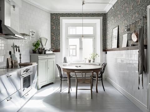 Sweden グレートーンのシンプルラスティックなアパートメント
