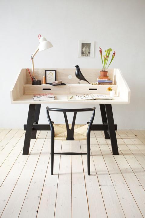オランダ、Friesland  SLOW WOODの家具