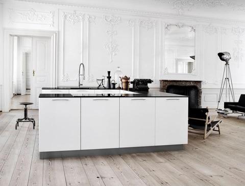 デンマークの会社 Kvikのモダンキッチン