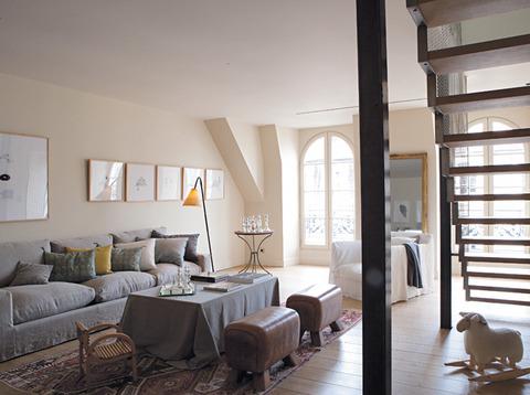 フェミニンでポエティックなフランス、リヨンのアパートメント