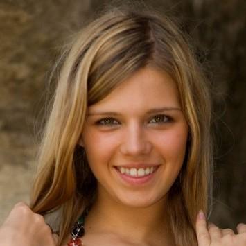 Iveta C (MaxAsolo/MET-Art) / Megan (PrettyNudes)