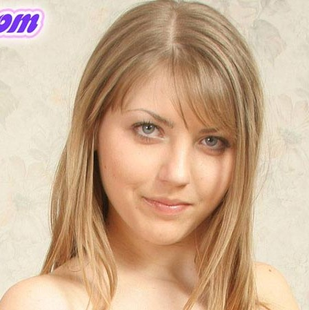 Anna (PrettyLilPanties)