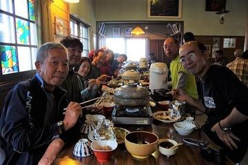 標高2400m位ヶ原山荘の夕食