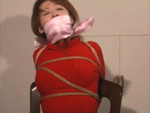 多重猿轡に悶え苦しむ吉井美希