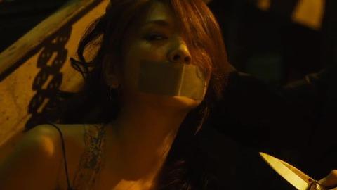 飯島直子さんのガムテープ猿轡画像