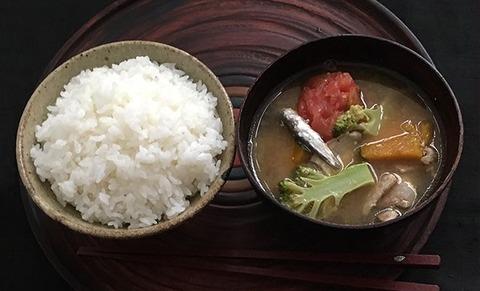 ichiju-issai-yoshiharu-doi_02