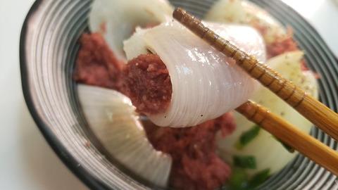 【レシピ】新玉ねぎを無限に食えるやばいヤツ『新玉葱のコンビーフボム』