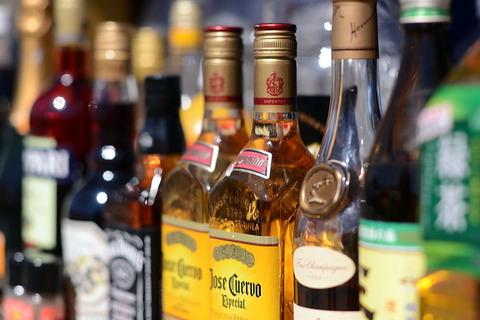 【悲報】アルコール依存症だけど酒飲みたいwww
