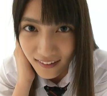 【画像】AKBのビジュアルクイーン入山杏奈さんがとんでもない体型な件