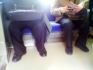 AKB田野「太ってる人って電車やバスの中で無駄に場所を取るし迷惑 マナー弁えて痩せて欲しい」