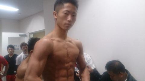 【画像】減量後のボクサーの身体wwwwwwww