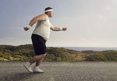 この時間に3キロも走ったのに体重まったく落ちてないンゴwwww