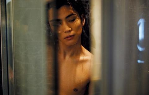 【画像】岩田剛典、「anan」で肉体美披露も『鍛え上げてるようにも見えないしなぜ脱いだ?』