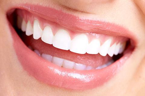 人事担当「採用面接で歯は重要、健康管理が出来ている人かわかる」