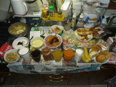 【画像】1日1食生活してる俺の食事がこちらwwwww
