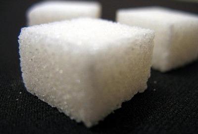 カロリーゼロの合成甘味料のほうが体重が増える
