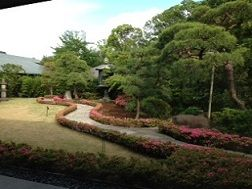 根津美術館庭