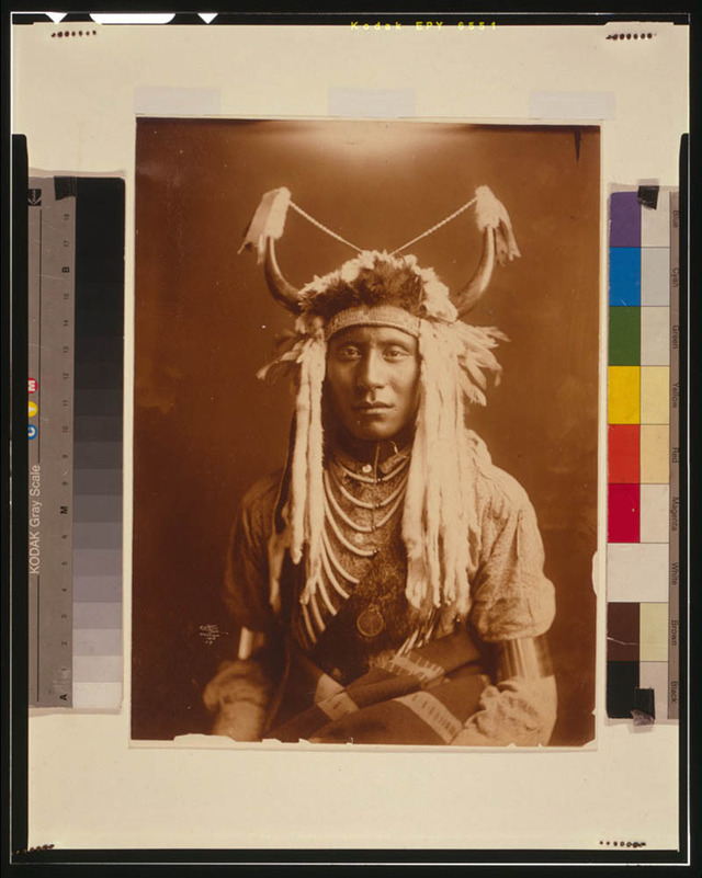 native-american-portraits-by-edward-s-curtis-early-1900s-4