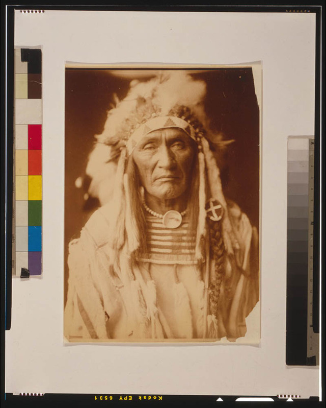 native-american-portraits-by-edward-s-curtis-early-1900s-8